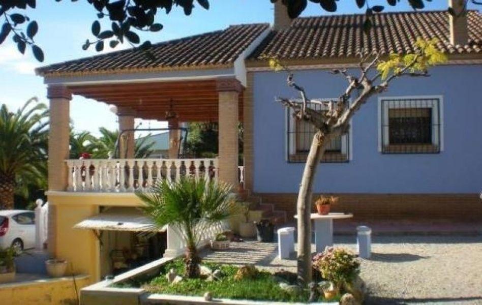 Вилла в Аликанте, Испания, 220 м2 - фото 1