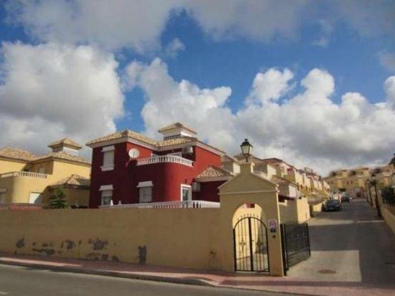 Вилла в Торревьехе, Испания, 213 м2 - фото 1