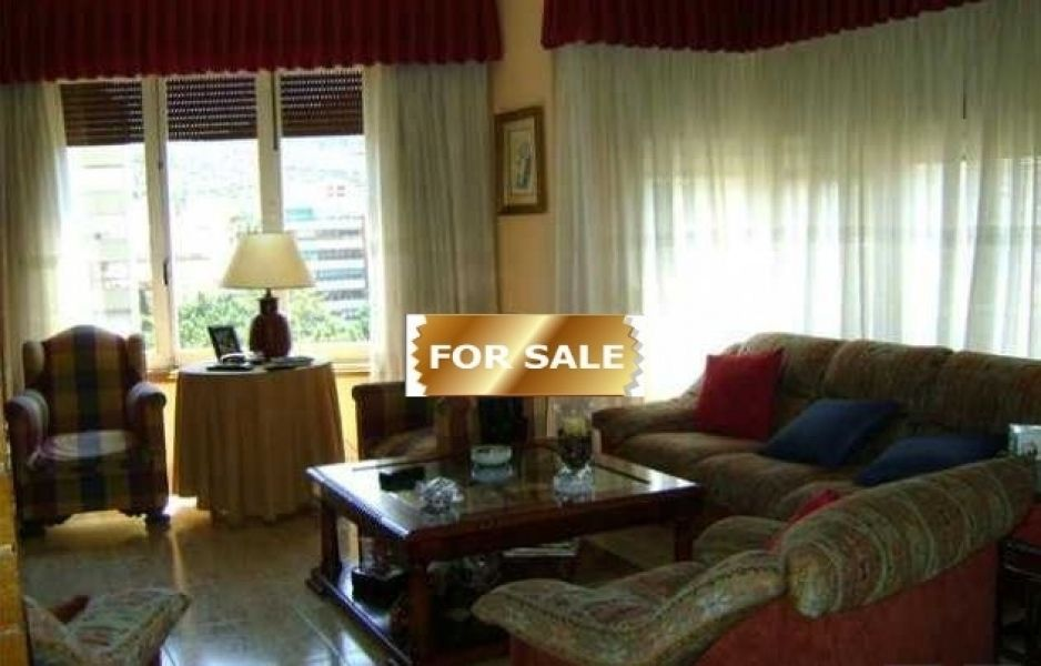 Апартаменты в Аликанте, Испания, 202 м2 - фото 1