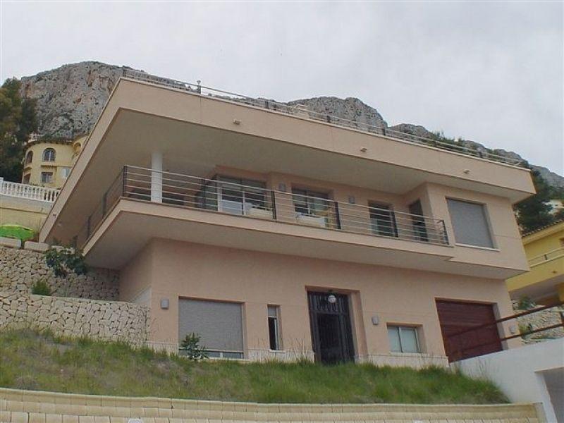 Вилла в Кальпе, Испания, 470 м2 - фото 1