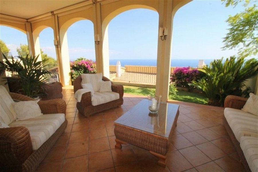 Недвижимость в испании на побережье недорого майорка