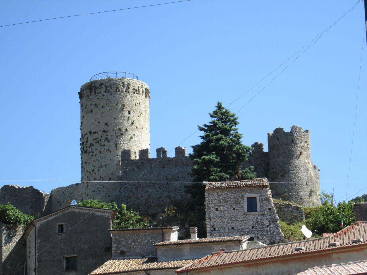 Италия замки купить виллы в калифорнии