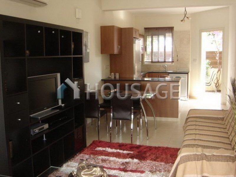 Цена на двухкомнатную квартиру на кипре