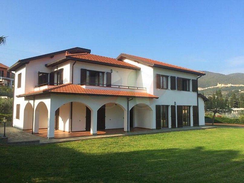 Недвижимость в италии цены в рублях 2015