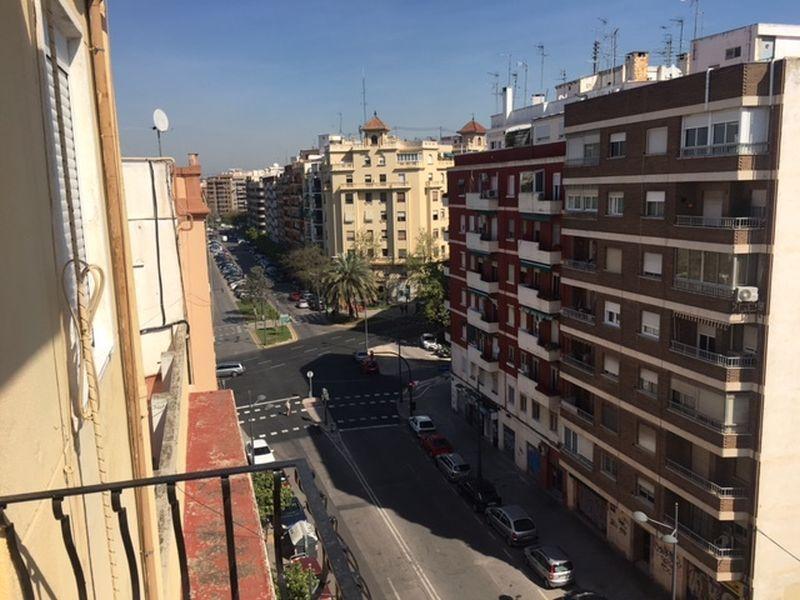 Куплю квартиру испания валенсия