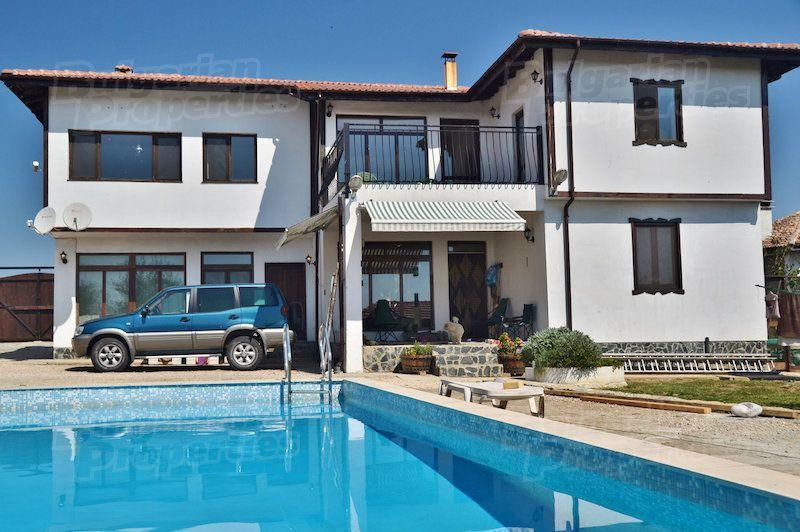Где за границей у моря купить недвижимость для отдыха