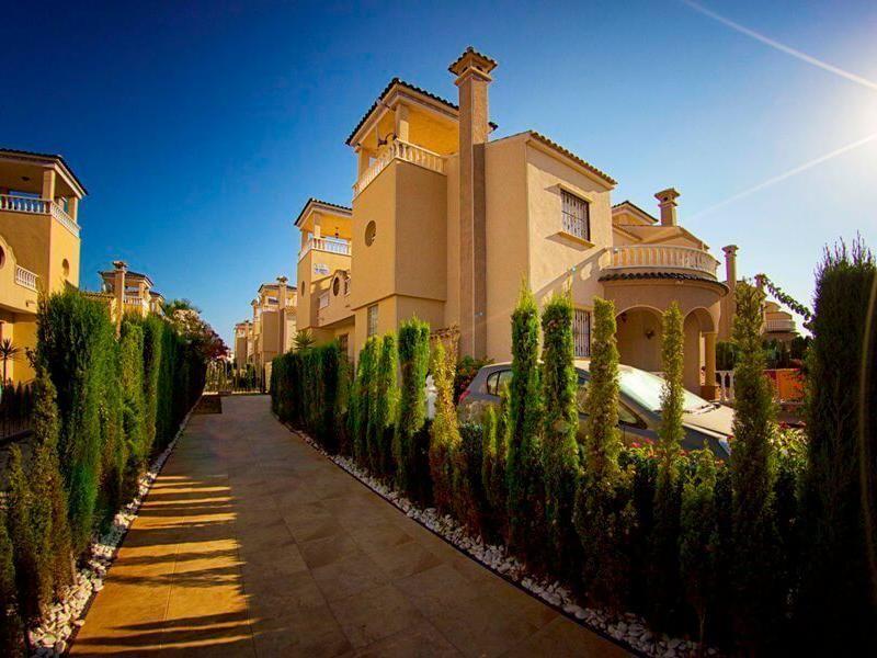 Недвижимость в Гуардамар-дель-Сегура — купить недвижимость