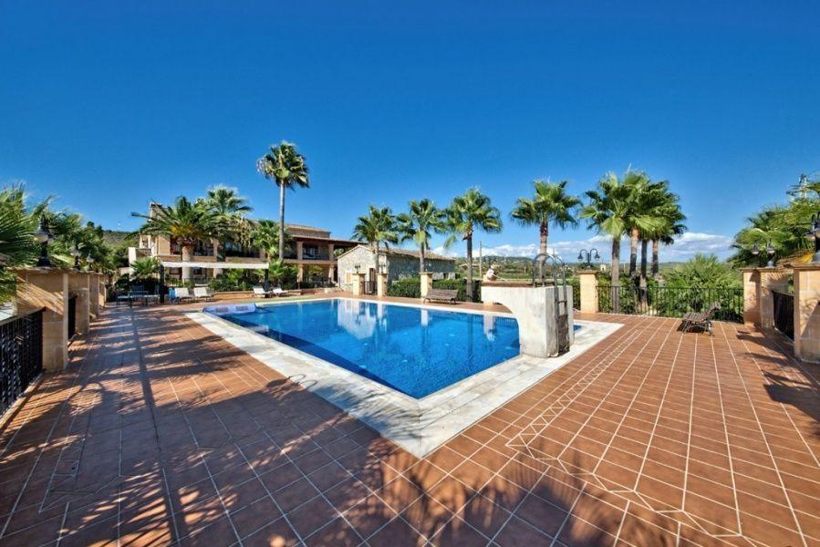 Недвижимость пальма испания