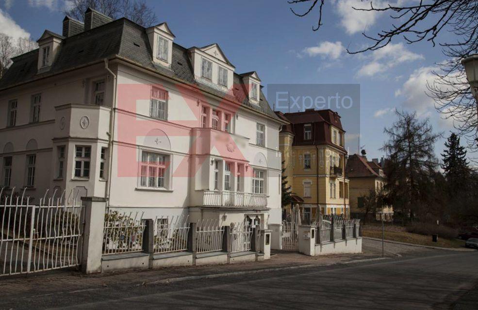 Коммерческая недвижимость вчехии аренда офиса для туристического агентства
