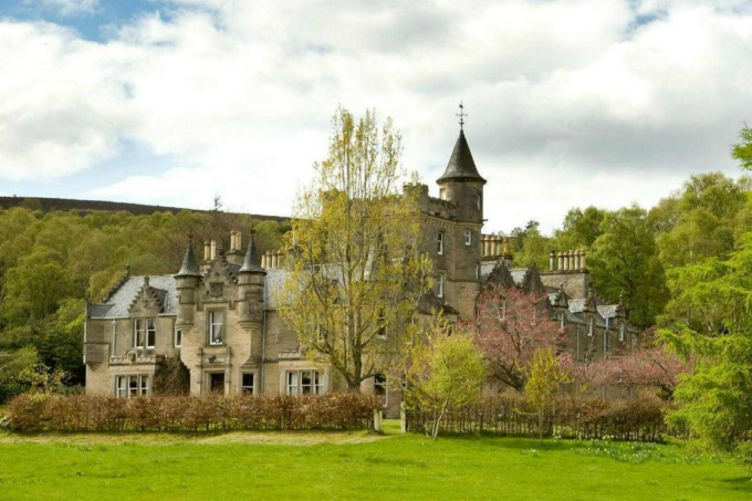 Продажа старинных замков в великобритании недвижимость в дубае плюсы и минусы