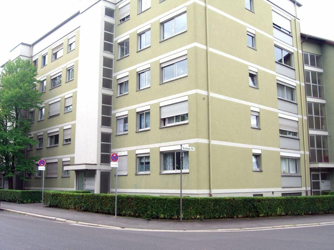 Коммерческое недвижимость германии снять помещение для праздника в москве недорого
