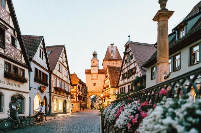 Германия вид на жительство при покупке недвижимости купить дом в горах чехии