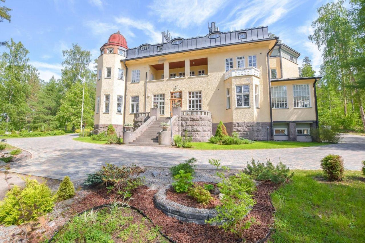 Отель, гостиница за 4 000 000 евро в Руоколахти, Финляндия 1200 кв.м.