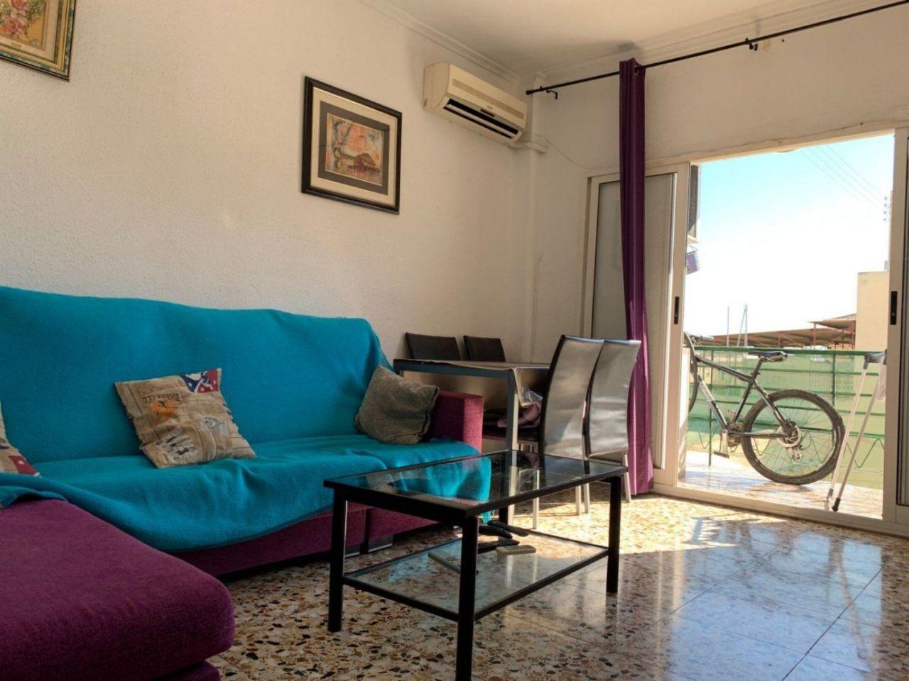 жилье недорогое в испании аренда и фото этой хрупкой девушке