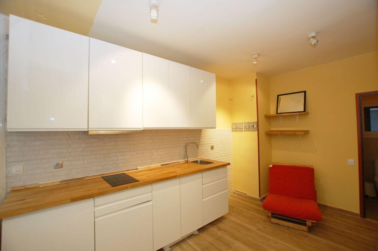 Квартира-студия в барселоне купить сколько стоит жить на кипре