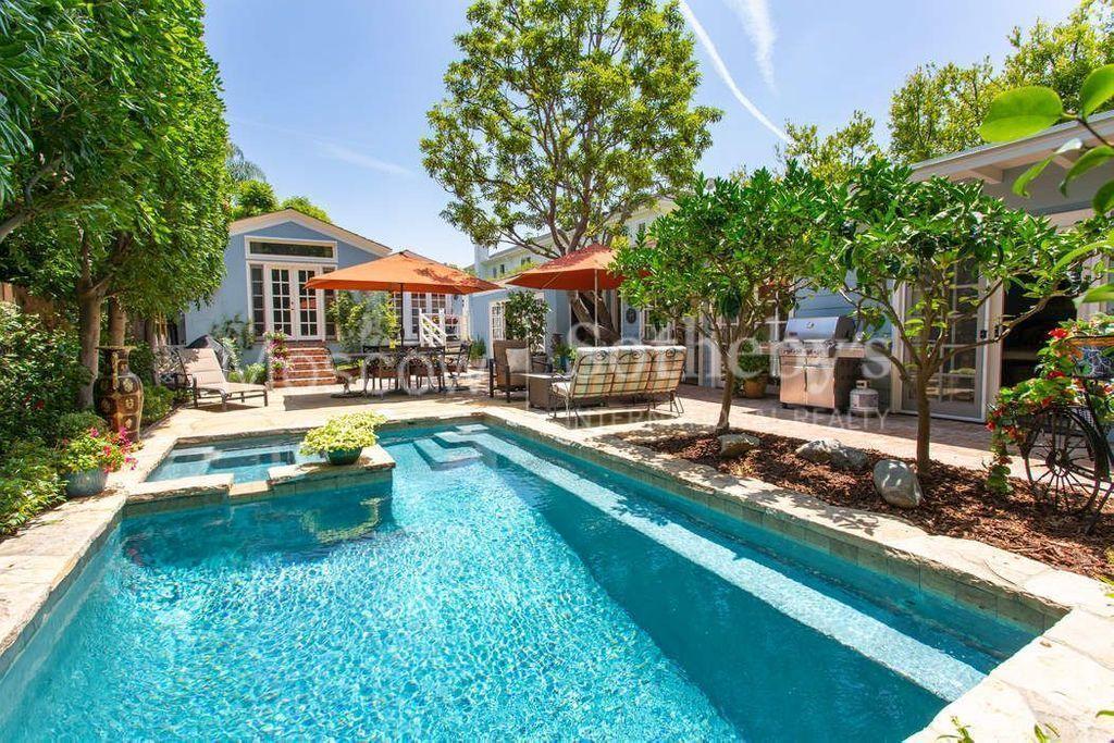 Вилла в лос анджелесе екатеринбург-дубай сколько лететь часов