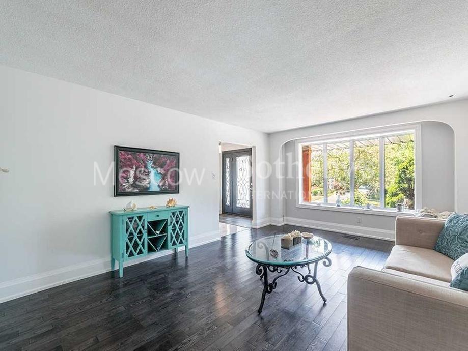 Купить апартаменты в торонто сколько стоит квартира на аренду в дубае