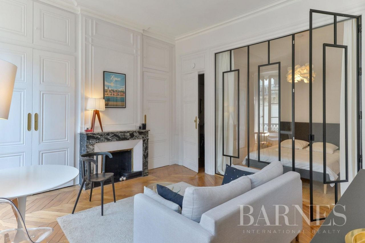 Купить квартиру в лионе франция недвижимость за рубежом белоруссия сайты ее